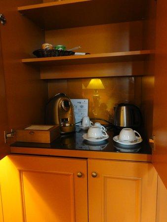 Art Nouveau Palace Hotel: Принадлежности для чая/кофе