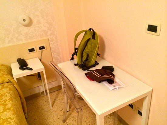 Hotel Adriatico: The interior of room.