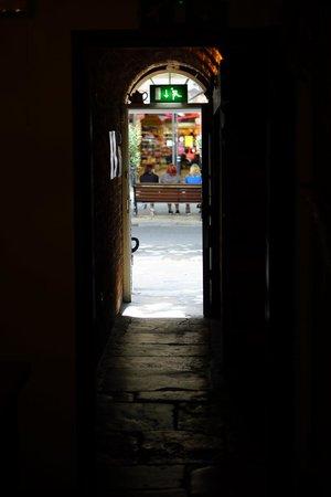The Courtyard Tea Rooms: The Tea Rooms are hidden down a narrow passageway
