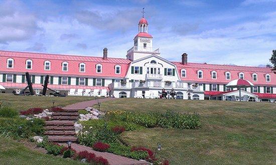 Hotel Tadoussac : Vue de l'hotel