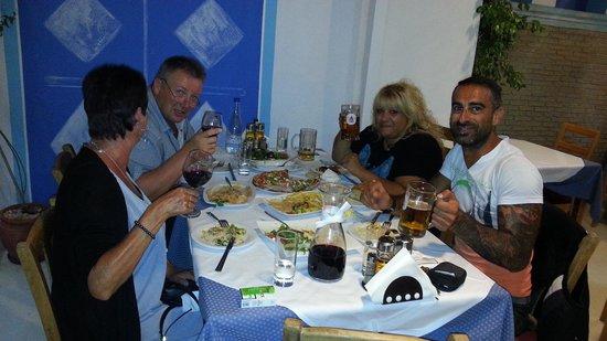 Barbas Thomas: Middag med greske venner