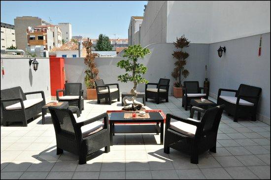Koi Lounge