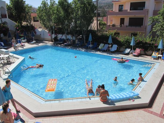 Apollon Hotel Apartments: Pool