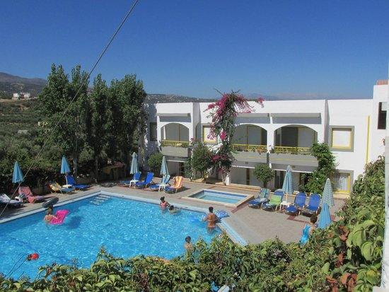 Apollon Hotel Apartments: Hotel