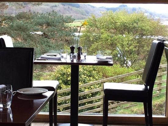 Bwyty Mawddach Restaurant: our window table