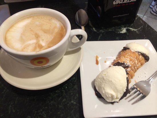Modern Pastry Shop : Latte & cannoli with ricotta filling. so good!!
