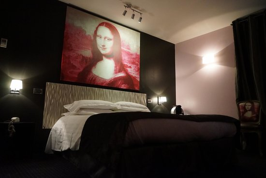 Le Fabe Hotel: Mona Lisa Suite — Third Floor