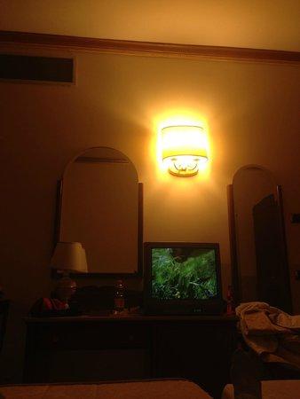 Marconi Hotel: interno camera