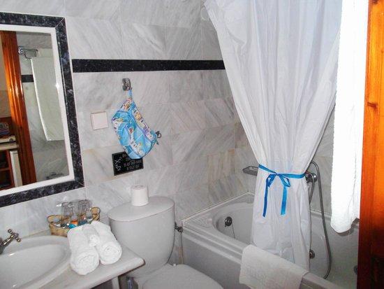 Merovigliosso Apartments: bagno