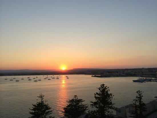Des Etrangers Hotel & Spa: top restaurant view