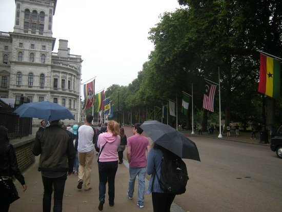 SANDEMANs NEW Europe - London: Walking tour Sandemans