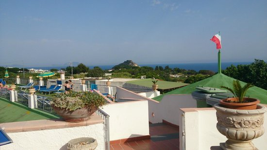 Hotel Castiglione: Panorama verso il mare