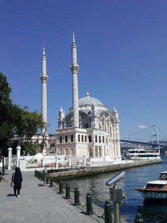 Ortakoy: Ortaköy Mosque