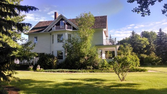 Sproule Heritage Bed & Breakfast: The restored B&B