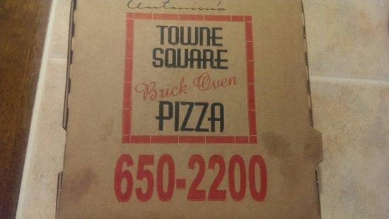 Antoniou's Pizza : The Box.