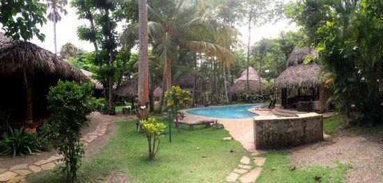 Natura Cabana Boutique Hotel & SPA : The pool area