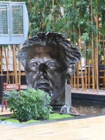 Hyatt Regency Paris Charles de Gaulle: HALL DE RECEPTION