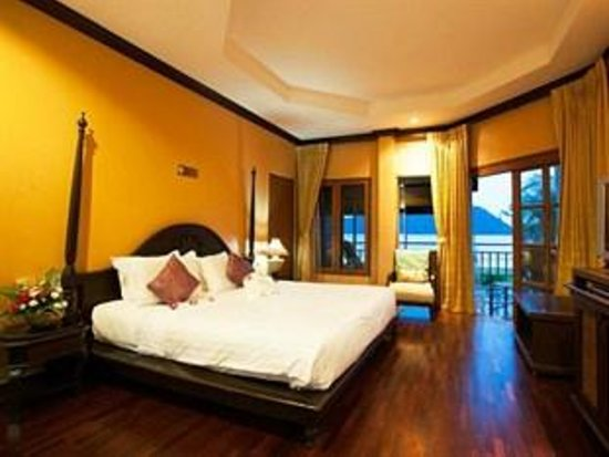 The Aiyapura Koh Chang: The privet suite