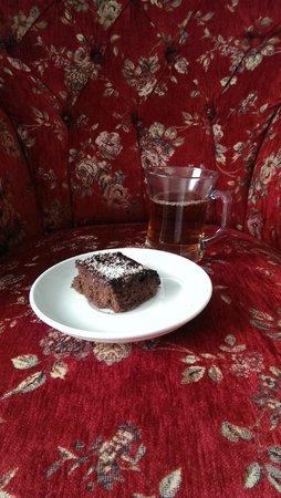 Basileus Hotel: Afternoon Turkish tea and cake.