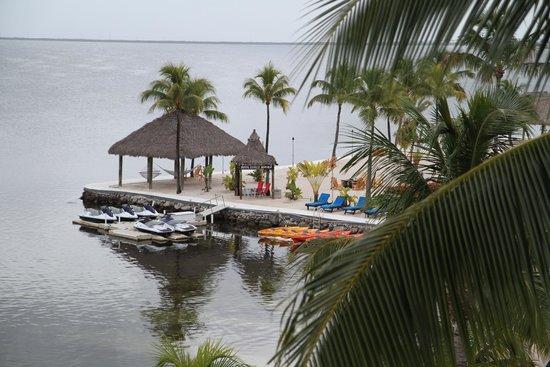 Key Largo Bay Marriott Beach Resort: Water sports to rent on beach