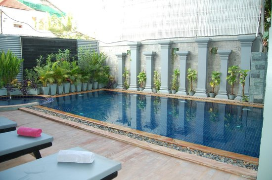 Bayon Boutique: Kleiner Pool