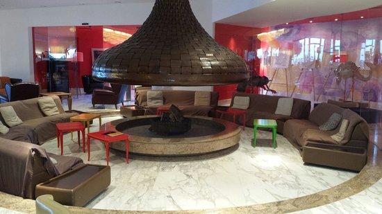 Hilton Sorrento Palace: Hilton lobby