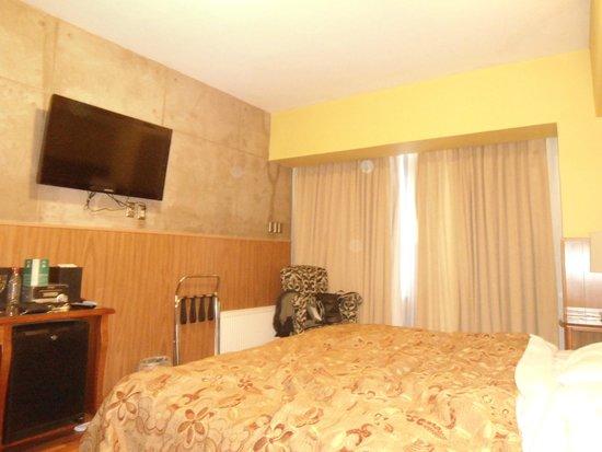 Hotel Panamericano: Quarto