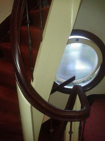 Tulip Inn Amsterdam Centre: Stairway