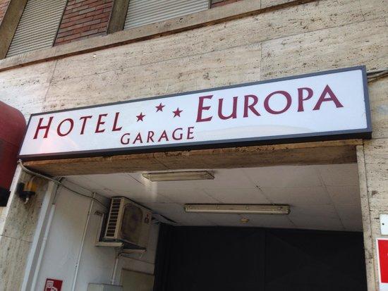 Hotel Europa : Garage.
