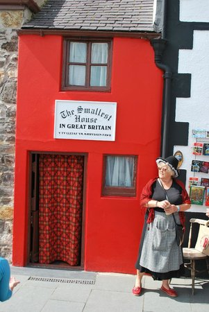 Smallest House in Britain: They don't come much smaller than this...