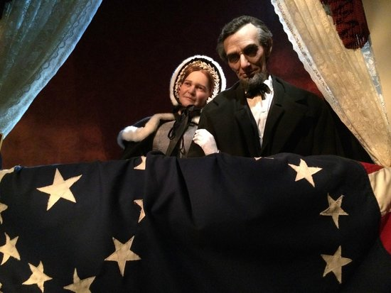 Abraham Lincoln Presidential Library and Museum: Lincoln Museum