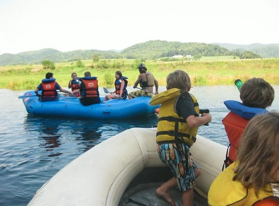 River and Earth Adventures, Inc: The other raft is under siege
