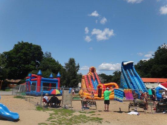 Yogi Bear's Jellystone Park - Ashland: Jeux gonflables