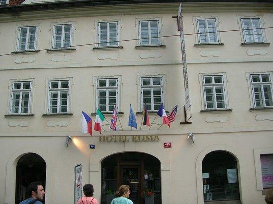 Hotel Roma Prague: facciata hotel