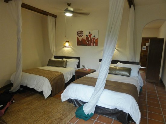Tarangire Sopa Lodge: The room
