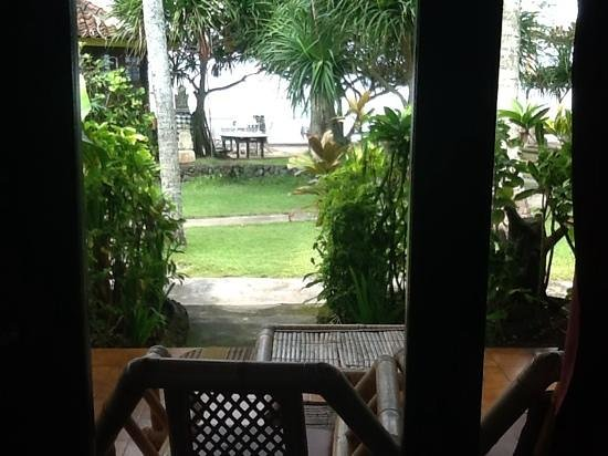 Amarta Beach Inn Bungalows: view from the bungalow
