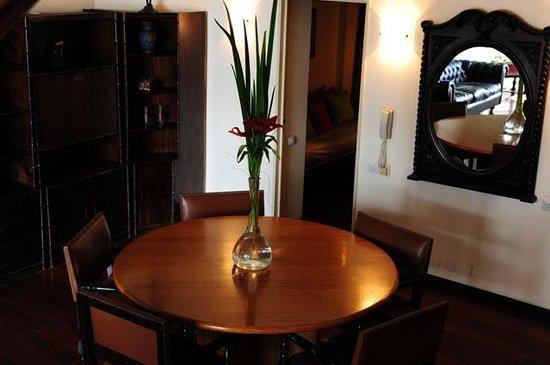 Bauen Suite Hotel: Living