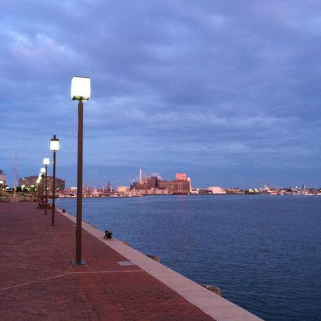 Baltimore Marriott Waterfront: View from evening walk