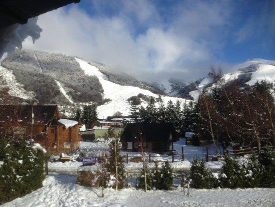 Hosteria Paralelo 41: Vista a la ladera sur del Cerro Catedral