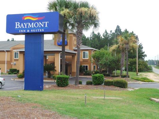 Baymont Inn & Suites Cordele : Front