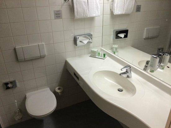 Arcotel Wimberger Hotel: Bathroom