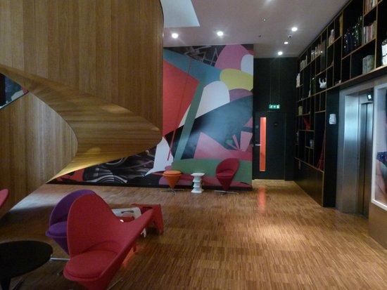 citizenM London Bankside: Reception Area