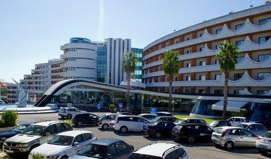 Hotel Paraiso de Albufeira: front of the hotel