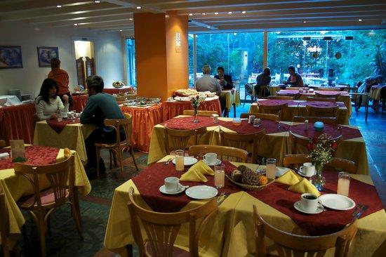 Bauen Suite Hotel: Restaurante