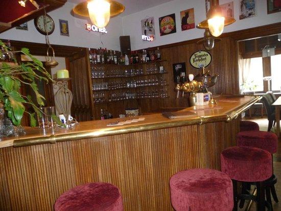 Hotel L'Eau Vive: bar