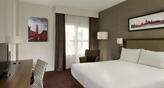 Doubletree by Hilton – London Islington : Bedroom