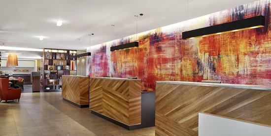 Doubletree by Hilton – London Islington : Reception