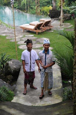 Puri Gangga Resort: friendly faces