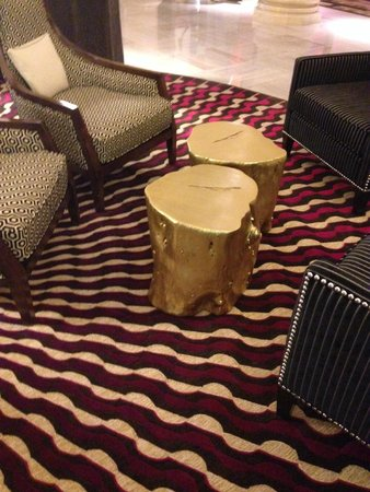 Renaissance Denver Downtown City Center Hotel: I love these re-purposed stump coffee tables!