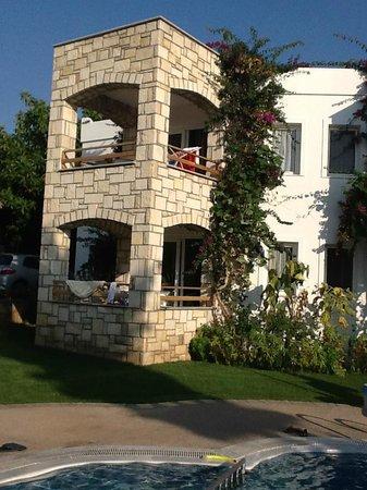 Sun Garden Apart Hotel : one apartment block